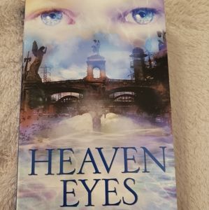 🌷 Heaven Eyes by David Almond
